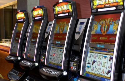 Elevii teleormăneni își cheltuiesc banii de mâncare la jocuri de noroc