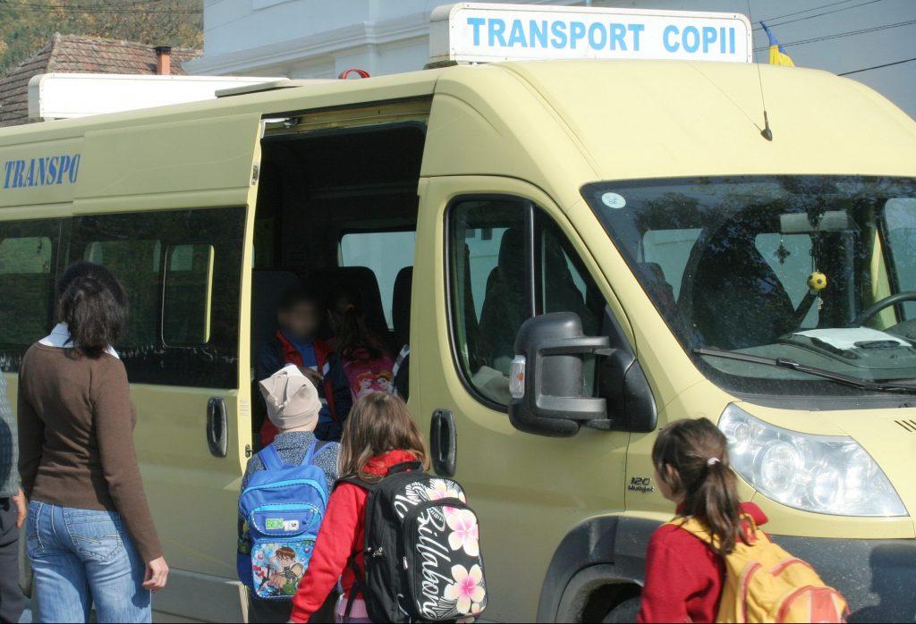 microbuz școlar