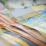 În timp ce prețurile au crescut alarmant, salariile teleormănenilor au rămas la valoarea de acum un an